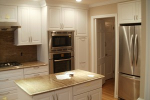 back-Country-Greenwich-luxury-kitchen-remodel-granite-counter-tops